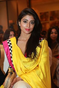 Shriya @ SIIMA Awards 2013 Announcement