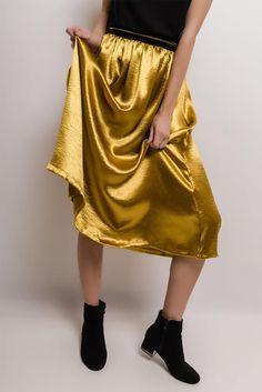 Štýlová dlhá zlatá sukňa - Rouzit.sk Ballet Skirt, Skirts, Fashion, Moda, Tutu, Fashion Styles, Skirt, Fashion Illustrations