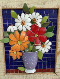 Resultado de imagem para Mosaic dog by Solange Piffer Mosaic Flower Pots, Mosaic Pots, Mosaic Wall Art, Mosaic Garden, Ceramic Flowers, Mosaic Glass, Mosaic Tiles, Mosaic Crafts, Mosaic Projects