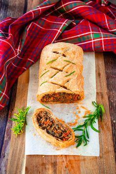 Easy Vegan Wellington (Step-By-Step Recipe) - Wow, It's Veggie?! Vegan Christmas, Vegan Thanksgiving, Vegan Wellington, How To Cook Mushrooms, Vegan Butter, Whole Food Recipes, Vegetarian Recipes, Veggies, Cooking
