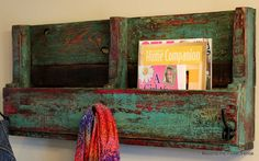 Pallet book holder shelf