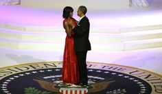 President Barack Obama and first lady Michelle Obama kiss as they dance during the Commander-In-Chief inaugural ball at the Washington Convention Center during the Presidential Inauguration on Monday, Jan. 2013 in Washington. Jason Wu, Michelle Obama, Presidential Inauguration, Presidential Seal, Presidential History, Presidente Obama, Let's Stay Together, Al Green, Jennifer Hudson