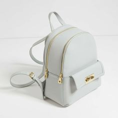 Women's Backpack Models Gray Zipper Simple And Stylish - Bags and Purses 👜 Cute Mini Backpacks, Grey Backpacks, Stylish Backpacks, School Backpacks, Backpack Purse, Leather Backpack, Fashion Bags, Fashion Backpack, Fashion Jewelry