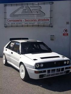 Lancia Hatchback Cars, Chasing Cars, Lancia Delta, Power Cars, E30, Car Wheels, Rally Car, Hot Cars, Maserati
