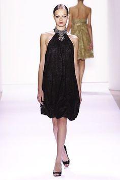 Monique Lhuillier Spring 2007 Ready-to-Wear Fashion Show - Mina Cvetkovic