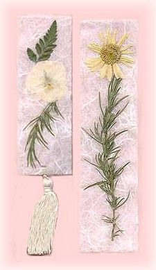 LOVE | Bring nature's designs indoors with these pressed flower botanical bookmarks.