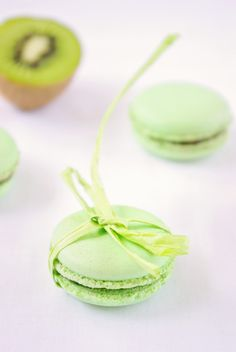 Kiwi Macarons, two of the most wonderful things put together.