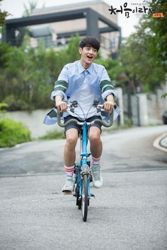 'Because It's The First Time' release filming photos of SHINee's Minho>>I fell in love with this drama!!!