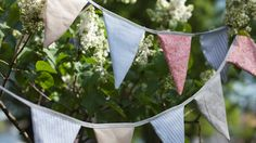 Ompele viirinauha juhliin - K-ruoka Sewing, Plants, Banners, Birthday Ideas, Diy Ideas, Dreams, Dressmaking, Couture, Sew