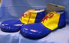 Clown Shoes Clown School, Clowns, Street Art, Costumes, Party, Shoes, Fashion, Moda, Zapatos