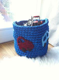 Crochet basket from tshirt yarn for kids