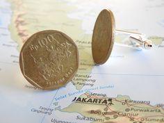 Indonesia coin cufflinks - made of original coins from Indonesia - traveler - Jakarta - Asia door HandmadeByCharlie0 op Etsy