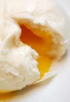 Liu Sha Bao / Egg Custard Bun