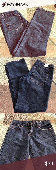 Ezekiel 302 men slim jeans, size 30 Slim jean for men size 30 without tags but never been used Ezekiel Pants