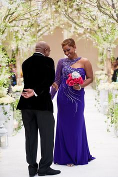 An Elegant Royal Winter Wedding in Nassau, Bahamas - Munaluchi Bridal Magazine