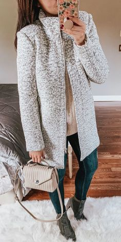 45 Insanely Cute Outfits To Wear This Winter / 009 - Winter Outfits Glamouröse Outfits, Winter Dress Outfits, Fall Winter Outfits, Winter Fashion, Casual Outfits, Dress Winter, Work Outfits, Fashion Outfits, Ladies Outfits