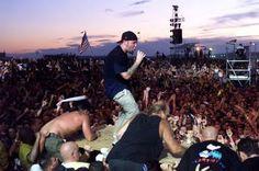 LIMP BIZKIT WOODSTOCK Limp Bizkit, Celebrity Singers, Nu Metal, Avril Lavigne, Dubstep, Woodstock, Hip Hop, Concert, Celebrities
