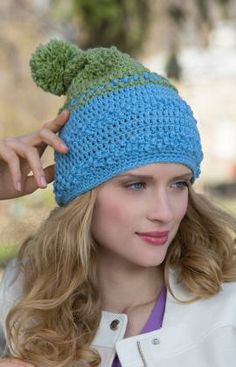 Two-Tone Bobble Hat Free Crochet Pattern from Red Heart Yarns