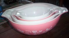 Vintage Set 4 Pyrex GOOSEBERRY Pattern Kitchen Mixing Bowls Super Cond Pink Wht