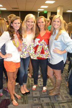 Cute revealment idea to have them find their matching Greek letter! Go Greek, Greek Life, Preppy Girl, College Years, Sigma Kappa, Sorority, Role Models, Cute, Clemson