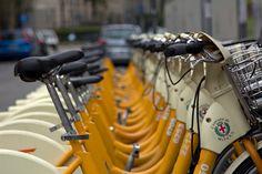 Vélo en libre service Milan, Service, Gym Equipment, Bike, Bicycle, Workout Equipment, Cruiser Bicycle, Bicycles