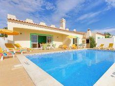 4 bedroom villa with ocean views, private pool, beach in 5 min walk portugal