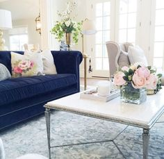 @rachparcell  navy velvet sofa from @leeindustries