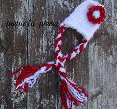 READY TO SHIP white newborn hat with red flower by prettylilpieces, $18.00