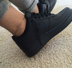 Image via We Heart It https://weheartit.com/entry/152136801 #air #black #cool #dark #grunge #nike #OMG #pale