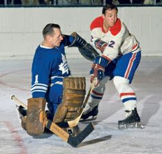 Johnny Bower of The Toronto Maple Leafs Hockey Goalie, Hockey Players, Ice Hockey, Montreal Canadiens, Field Goal Kicker, Tim Hortons, Nfl Fans, National Hockey League, Toronto Maple Leafs