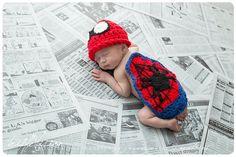 Recién poco Super Spiderman bebé cubierta de capa y sombrero