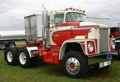 Old Dodge Semi-Trucks - Bing Images Old Dodge Trucks, Big Rig Trucks, Ram Trucks, Cool Trucks, Dodge Diesel, Classic Tractor, Classic Trucks, Train Truck, Dodge Power Wagon