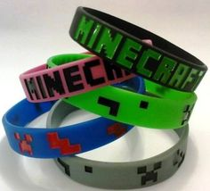 Polseres Minecraft. Disponible en 4 colors. --- Pulseras Minecraft. Disponible en 4 colores. #vinil #minecraft #pulsera #polsera