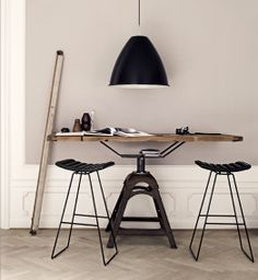 Industrial table & stools by Gubi