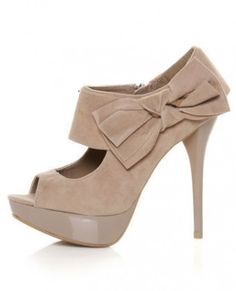 Anne Michelle Side Bow Peep Toe Pump in Taupe
