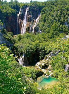 "A Globe Trotter's Fare: Lake Plitvice Croatia: It'll ""slap"" you silly"