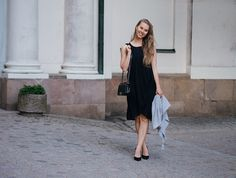 dinner outfit, black dress Massimo Dutti http://www.monasdailystyle.com/2016/07/12/dinner-outfit-in-stockholm/