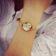 Lady Women's Thin watch Hot Sale Luxury Brand Gold watch women watches Women Wristwatches Dress Korea Bracelet Lover's Gift