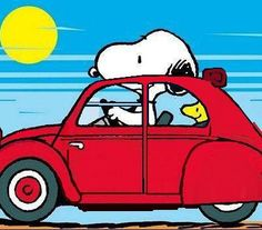 Snoopy • Citroen 2CV Woodstock looks super cute ñ.ñ ♥