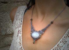 Piedra Luna Mágica  en Collar MACRAMÉ Mod. SUSANA, boho jewelry, macrame jewelry, bohemian necklace, tribal necklace, boho necklace, gipsy