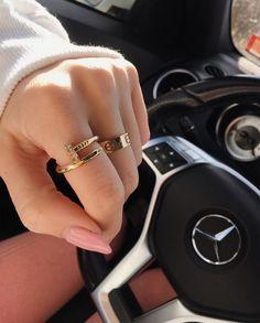 Cartier Love Ring, Cartier Jewelry, Cartier Love Bracelet, Pandora Jewelry, Cartier Nail Ring, Dior Jewelry, Cute Jewelry, Gold Jewelry, Jewelry Accessories