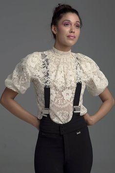 b7f095bbfe4de Hi prettys ❀◕ ‿ ◕❀ Puff sleeve lace blouse with ruffled