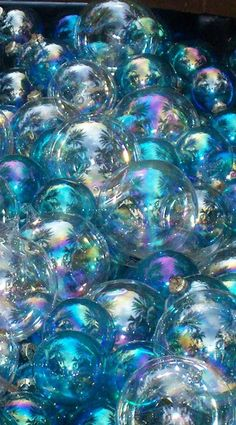 Wallpaper… By Artist Unknown… - Modern Blue Wallpapers, Cute Wallpaper Backgrounds, Pretty Wallpapers, Colorful Wallpaper, Iphone Wallpapers, Photo Wall Collage, Picture Wall, Art Fractal, Bubbles Wallpaper