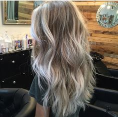 22 Ideas For Hair Goals Balayage Locks Hair Color And Cut, Hair Colour, Gorgeous Hair, Gorgeous Blonde, Beautiful, Hair Videos, Balayage Hair, Blonde Balayage Highlights, Pretty Hairstyles