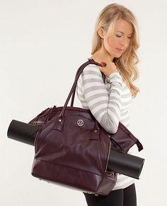seven days of asana bag | women's bags | lululemon athletica