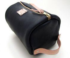 black and tan mens leather shaving bag