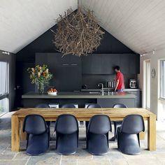 black kitchen design 9