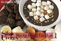 Rocky Road Chocolate Fondue – 100 Days of Summer Slow Cooker Recipes. I like fresh fruit with my chocolate fondue. But there are so many things that I can think of that would be amazing dipped in this chocolatey goodness. #SlowCookerSummerDinners