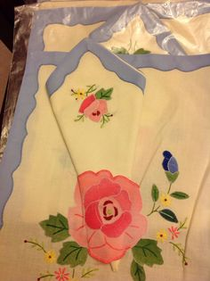 Beautiful vintage linen placemats with by Jennifersvintagefind