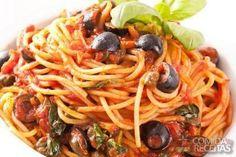 Receita de Espaguete à putanesca em receitas de massas, veja essa e outras receitas aqui!